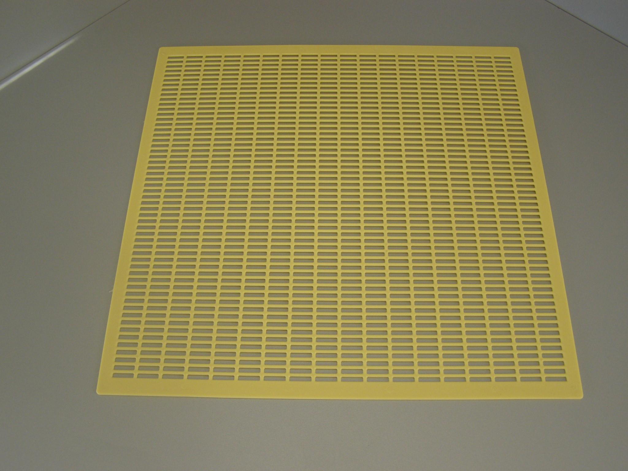 Včelí mateří mřížka do úlu 39x24/ 420x420